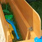 Sitzbank mit Spielzeugfach zu Sandkasten Mickey