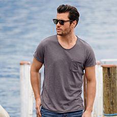 V-Neck Shirt mit Brusttasche