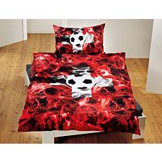 Bettwäsche mit Fussball auf weissem Kreuz und roter Flammenoptik