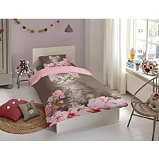 Bettwäsche in rosa mit Kitten und Blütenblättern