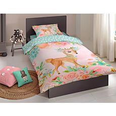 Bettwäsche mit niedlichem Rehkitz auf blumigem Untergrund