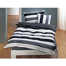 Bettwäsche in schwarz-weissem Streifenmix