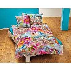 Linge de lit avec motif fleuri coloré de style indien