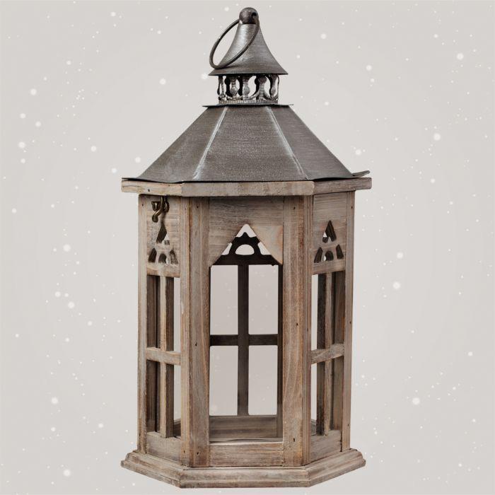 Lanterne classique en bois avec toit en métal.