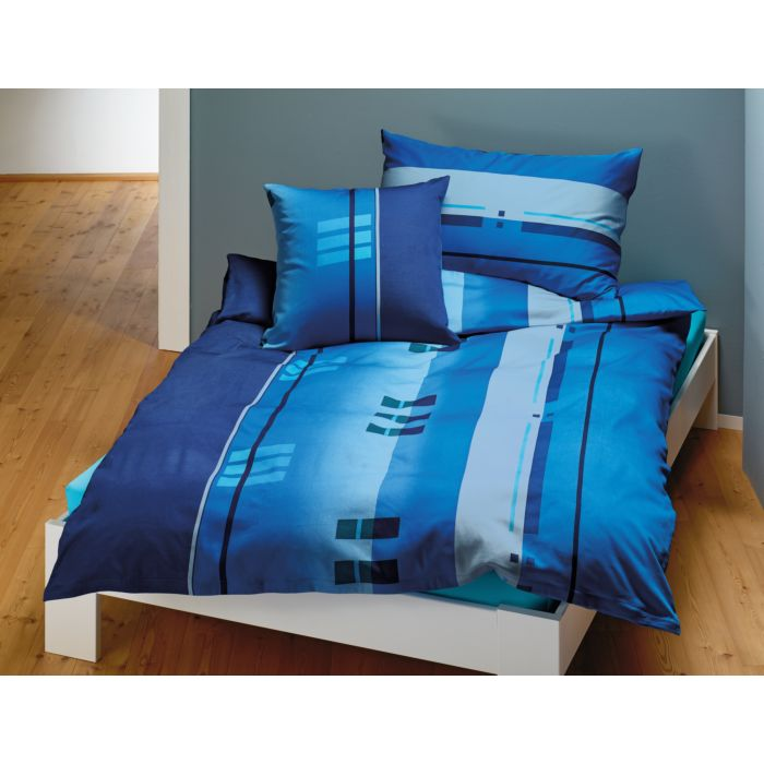 Parure de lit à rayures de différentes largeurs