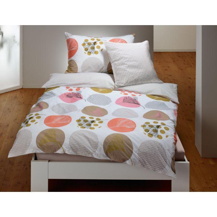 Bettwäsche mit Kreisen und Blüten
