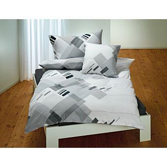 bettw sche mit modernem balkenmuster in schwarz weiss. Black Bedroom Furniture Sets. Home Design Ideas